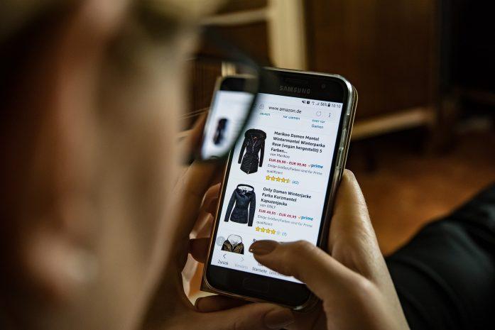 Covid-19: acquisti su e-commerce e spedizioni